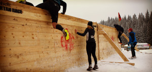 equipement-course-obstacles-blanche